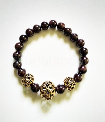 Red Garnet With Metal Ball Bracelet